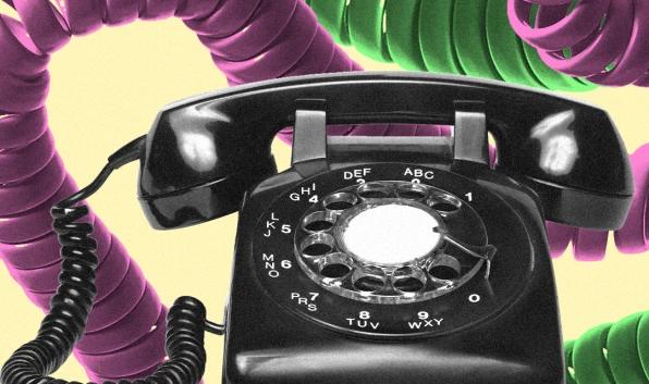 Chuyên gia, nhà thiết kế bầu chọn 9 chiếc điện thoại có thiết kế đẹp nhất: không có iPhone XS và Galaxy S/Note - Ảnh 19.