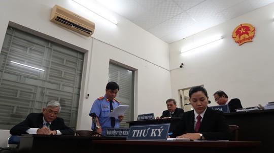 VKSND TP HCM: Đủ cơ sở xác định Grab là đơn vị kinh doanh vận tải taxi! - Ảnh 1.