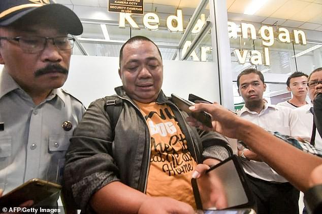 Hành khách duy nhất thoát khỏi thảm họa hàng không của Indonesia vì đến sân bay muộn 10 phút - Ảnh 1.