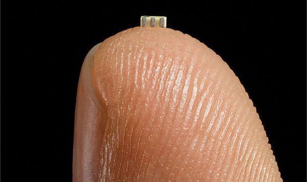 Bloomberg: Trung Quốc đã dùng con chip nhỏ bằng hạt gạo này để hack các công ty Mỹ, có cả Amazon và Apple - Ảnh 2.