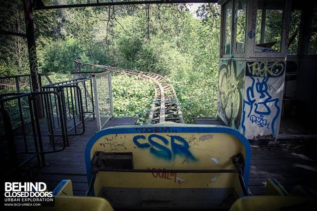 Spreepark: Từng là công viên giải trí hàng đầu nước Đức, lụn bại sau khi rơi vào tay trùm thuốc phiện rồi bị bỏ hoang suốt 16 năm qua - Ảnh 15.