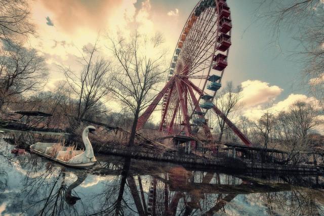 Spreepark: Từng là công viên giải trí hàng đầu nước Đức, lụn bại sau khi rơi vào tay trùm thuốc phiện rồi bị bỏ hoang suốt 16 năm qua - Ảnh 4.