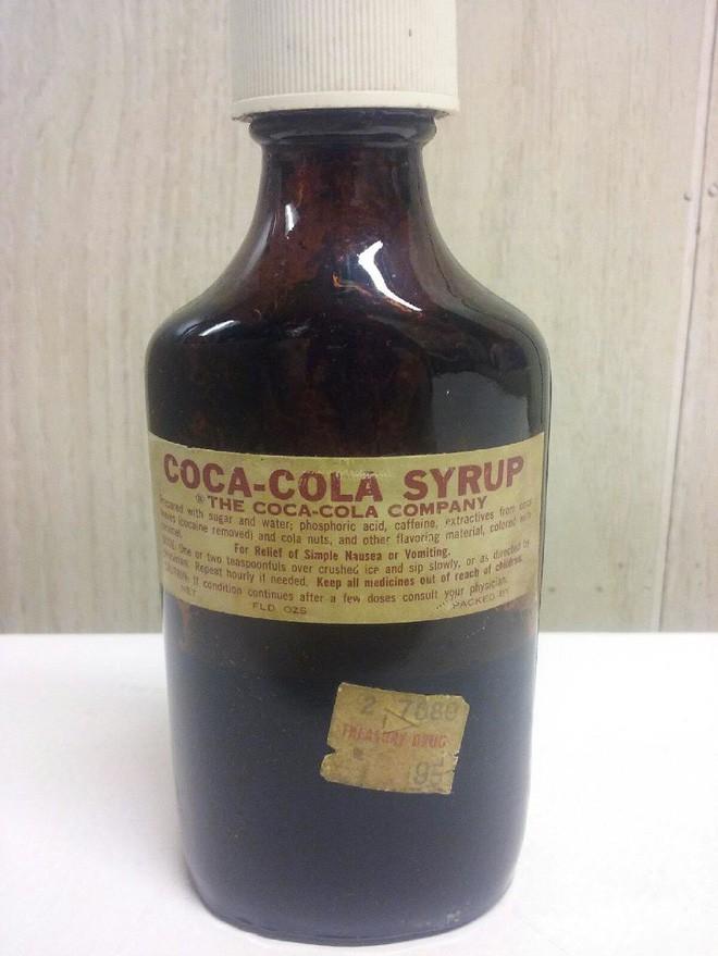 Cú rẽ bất ngờ: Coca và 7-Up từ thuốc đau đầu, thuốc an thần trở thành 2 thương hiệu giải khát đình đám như thế nào? - Ảnh 4.