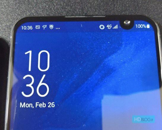"""Lộ ảnh thực tế và video trên tay ASUS ZenFone 6 với """"nốt ruồi"""" lệch - Ảnh 1."""
