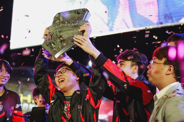 Top 5 gương mặt tiêu biểu làm rạng danh cộng đồng game thủ Việt Nam trong năm 2018 - Ảnh 13.