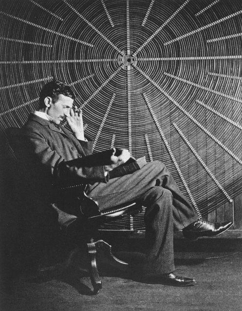 Tài đi đôi với tật: Đây là những thói quen, những đức tin quái lạ của Nikola Tesla - Ảnh 2.