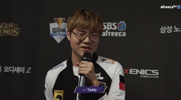 Đánh bại bbq 2-0 và có một perfect game, xạ thủ Teddy chỉ chấm 5 điểm cho màn trình diễn của SKT - Ảnh 1.