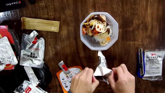 Trung Quốc có một thế hệ trẻ ngày càng lười biếng, mua cái gì cũng phải ăn liền, từ đánh răng, makeup đến ăn lẩu - Ảnh 8.