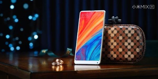 CEO Xiaomi lí giải vì sao không sử dụng Xiaomi Mi MIX 3 - Ảnh 1.