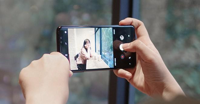 Đánh giá Galaxy A8: 4 điểm để yêu, 5 điều để nhớ - Ảnh 28.
