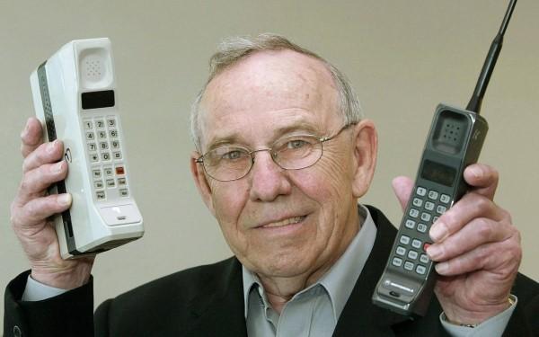 Cách mạng ĐTDĐ: Từ Motorola DynaTAC (1983) đến Samsung Galaxy S9 (2018) - Ảnh 3.