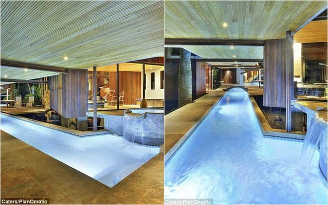 Ngôi nhà có diện tích 1.620 m2 vô cùng ấn tượng với đầm, thác nước và bể sục.