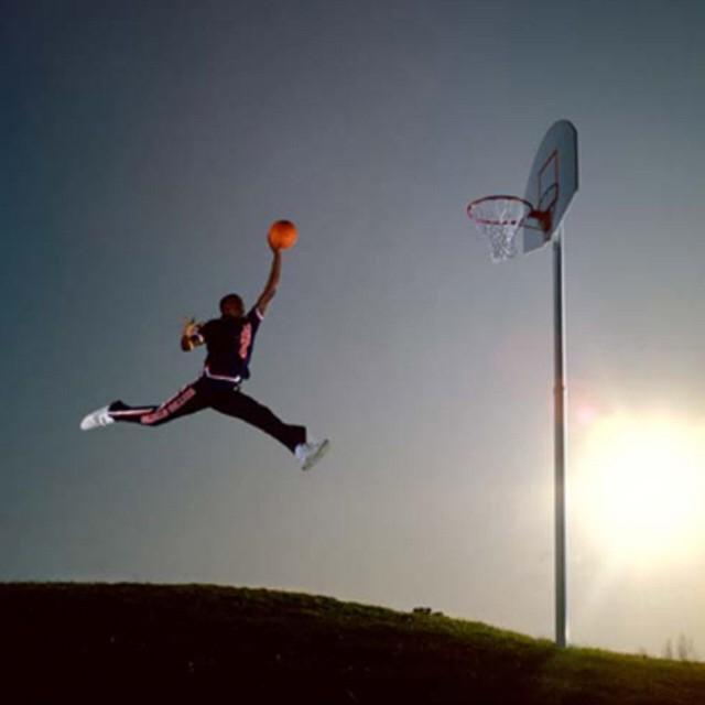 Nike giành chiến thắng trong vụ kiện bản quyền logo Jumpman với một nhiếp ảnh gia - Ảnh 1.