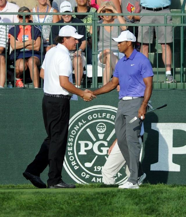 Golfer tay trái hay nhất mọi thời đại: Cuộc đời không có gì là trọn vẹn, chấp nhận thất bại cũng là một cách thành công - Ảnh 1.