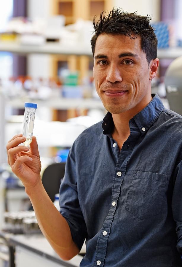 Tiến sĩ Benjamin Chan đã chữa khỏi một ca kháng kháng sinh vô phương cứu chữa tại Mỹ