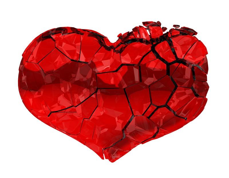 Ngươi Đừng Nhịp Nữa Khổ Ta Broken-heartcanstockphoto3807350-1521429549942490906165