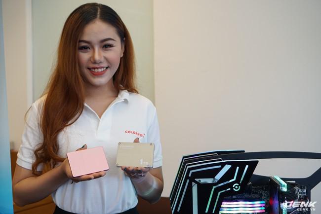 Colorful ra mắt dòng ổ cứng SSD SL300 và SL500 tại thị trường Việt Nam: dung lượng 160-640 GB tốc độ đọc/ghi 500/400 MB/s, có cả phiên bản màu hồng cá tính - Ảnh 1.