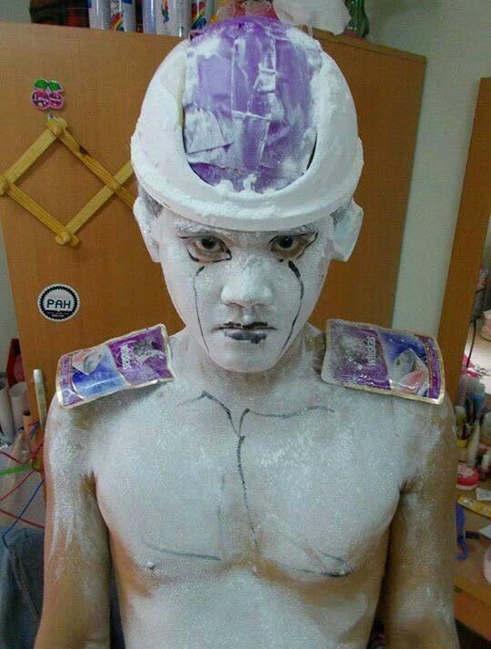 [Vui] Qùy lạy với bộ ảnh cosplay Dragon Ball Z siêu hài hước của anh chàng Thái Lan - Ảnh 25.
