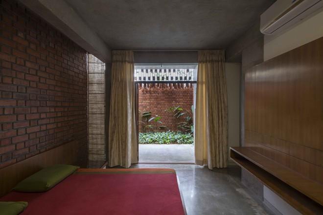 Ngôi nhà gạch ở Ấn Độ được tạp chí kiến trúc Mỹ khen ngợi vì khả năng chống nóng độc đáo - Ảnh 12.