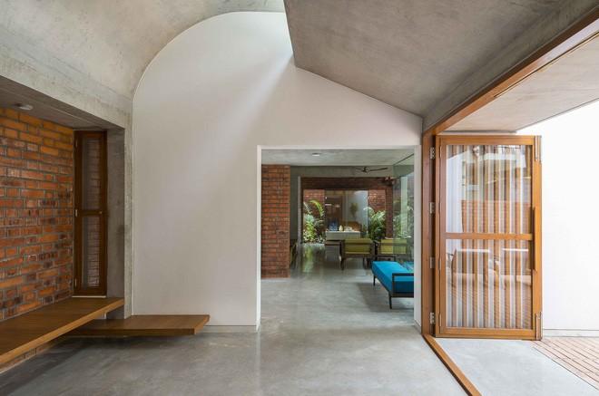 Ngôi nhà gạch ở Ấn Độ được tạp chí kiến trúc Mỹ khen ngợi vì khả năng chống nóng độc đáo - Ảnh 16.