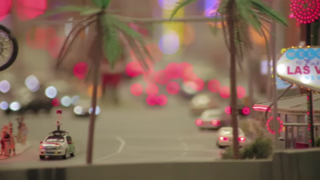Google dùng xe Street View tí hon để quay phim thành phố mô hình, kết quả thu được cực kỳ tuyệt vời - Ảnh 11.