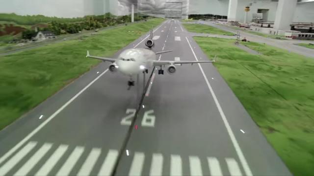 Google dùng xe Street View tí hon để quay phim thành phố mô hình, kết quả thu được cực kỳ tuyệt vời - Ảnh 21.