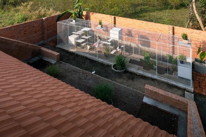 Chuồng gà ở Long An được lên tạp chí kiến trúc Mỹ - Ảnh 1.