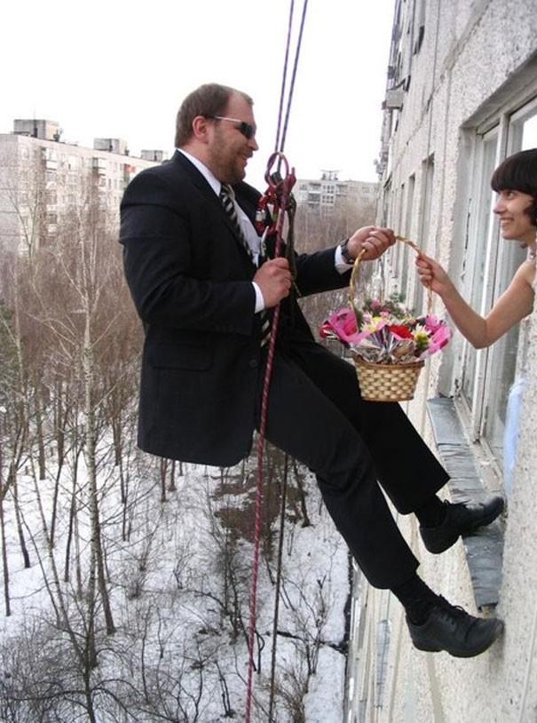 [Vui] Tổng hợp những ý tưởng chụp ảnh cưới độc dị nhất trên Internet - Ảnh 12.