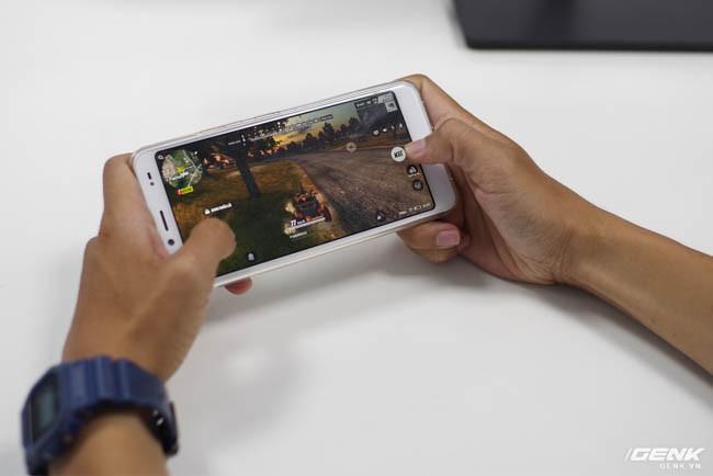 Trên tay Mobiistar E Selfie: smartphone giá rẻ dành cho người dùng thích selfie và màn hình xu hướng tràn viền 18:9 - Ảnh 19.