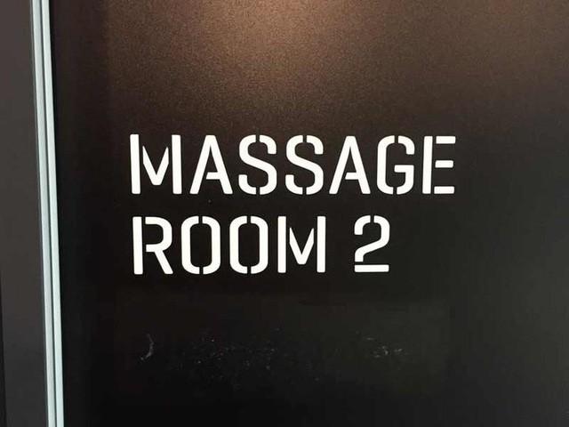 Phòng massage cho những nhân viên có nhu cầu.