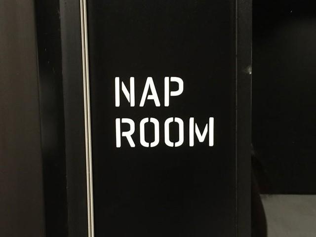 Phòng ngủ, nơi mọi người có thể ngả lưng bất kỳ lúc nào.