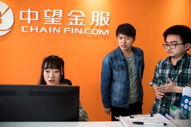 Nghề lập trình hot nhưng lại quá vất vả, các công ty công nghệ Trung Quốc đua nhau tuyển nữ nhân viên massage thư giãn cho các coder, lương gần 1000 USD/tháng - Ảnh 2.