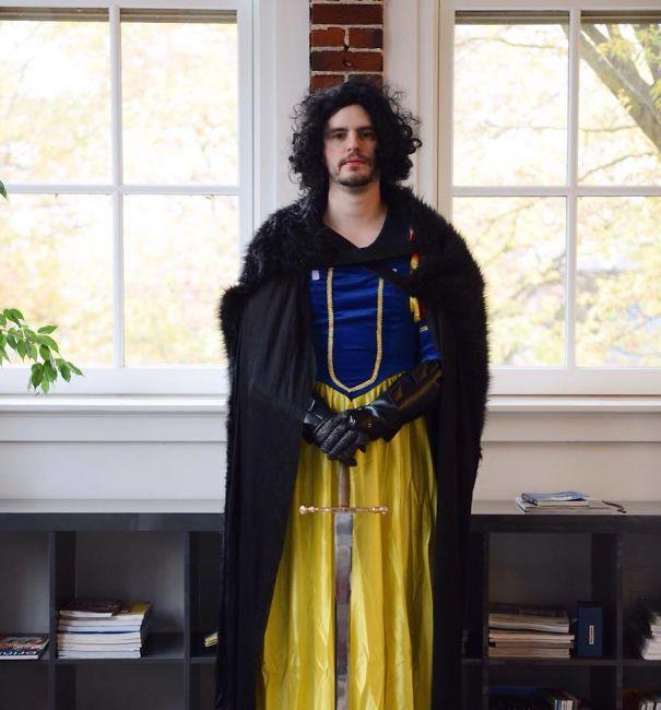 [Vui] 15 bộ đồ cosplay theo kiểu chơi chữ sẽ khiến bạn vừa tức vừa buồn cười - Ảnh 8.