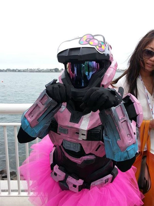 [Vui] 15 bộ đồ cosplay theo kiểu chơi chữ sẽ khiến bạn vừa tức vừa buồn cười - Ảnh 16.
