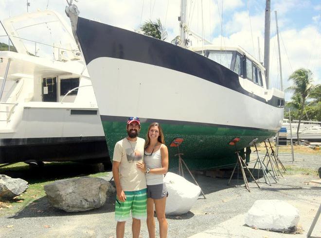Từ bỏ sự nghiệp ở phố Wall, cặp vợ chồng mở nhà hàng pizza trên biển Caribbean và gặt hái nhiều thành công - Ảnh 2.
