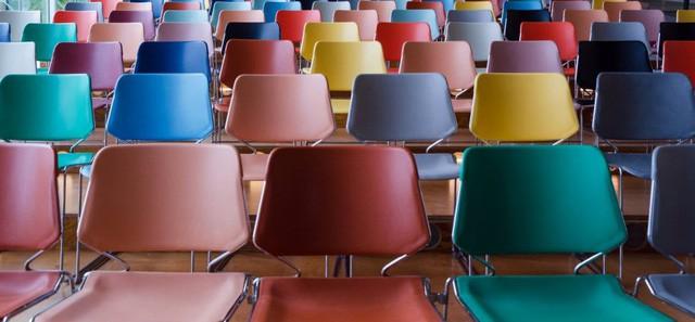 Tại sao trong mọi cuộc họp của Amazon đều có ít nhất một chiếc ghế trống? - Ảnh 1.