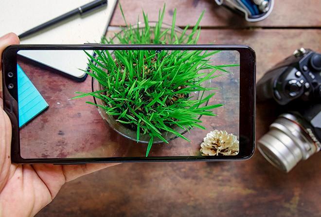 Đánh giá Galaxy A8: 4 điểm để yêu, 5 điều để nhớ - Ảnh 9.