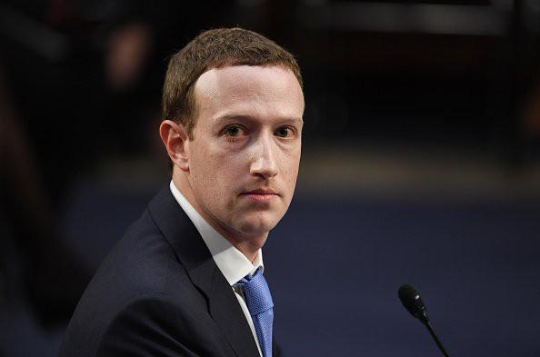 CEO Mark Zuckerberg và Facebook cũng đang rất nỗ lực trong việc bảo vệ thông tin người dùng sau vụ scandal liên quan đến Cambridge Analytica.