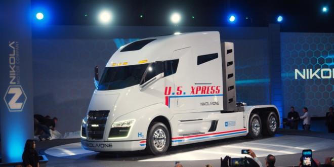 Siêu xe tải điện của Tesla bị cáo buộc vi phạm bản quyền sáng chế của startup Nikola - Ảnh 1.