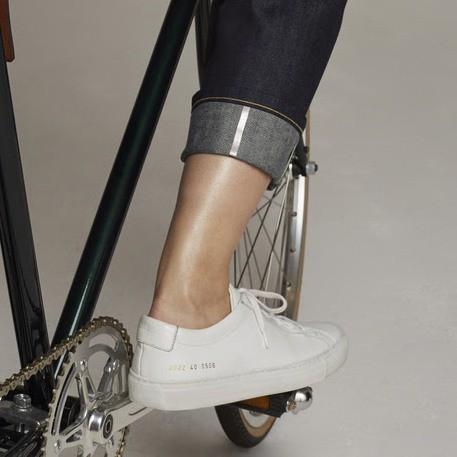 Quần jeans cho dân nghiền công nghệ: Túi to hơn, chống rơi đồ lại có phản quang an toàn, giá bán 9 triệu đồng - Ảnh 5.