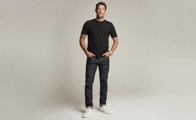 Quần jeans cho dân nghiền công nghệ: Túi to hơn, chống rơi đồ lại có phản quang an toàn, giá bán 9 triệu đồng - Ảnh 1.