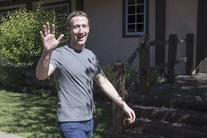 Phong cách giản dị của Mark Zuckerberg.