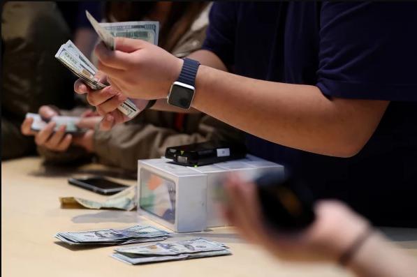 Triết lý thiết kế mới của Apple: tạo ra các sản phẩm dễ bán hơn, không cần dễ dùng hơn - Ảnh 4.