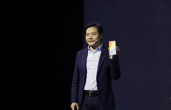 Doanh số smartphone Xiaomi tăng gấp đôi trước thềm IPO trong khi ZTE giảm một nửa - Ảnh 2.