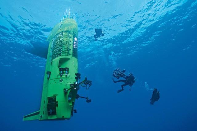 Nhật ký 3 giờ dưới vực Mariana sâu nhất Trái Đất của đạo diễn Titanic trứ danh - Ảnh 5.