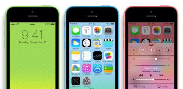 iPhone 5c - quân bài quan trọng giúp iPhone giành giật khách hàng tầm trung từ tay Android.