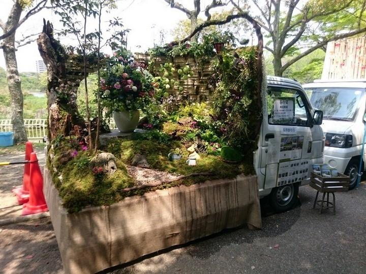 Ở Nhật Bản có hẳn một cuộc thi trưng bày cảnh quan nhà vườn ngay trên xe tải vô cùng độc đáo - Ảnh 8.