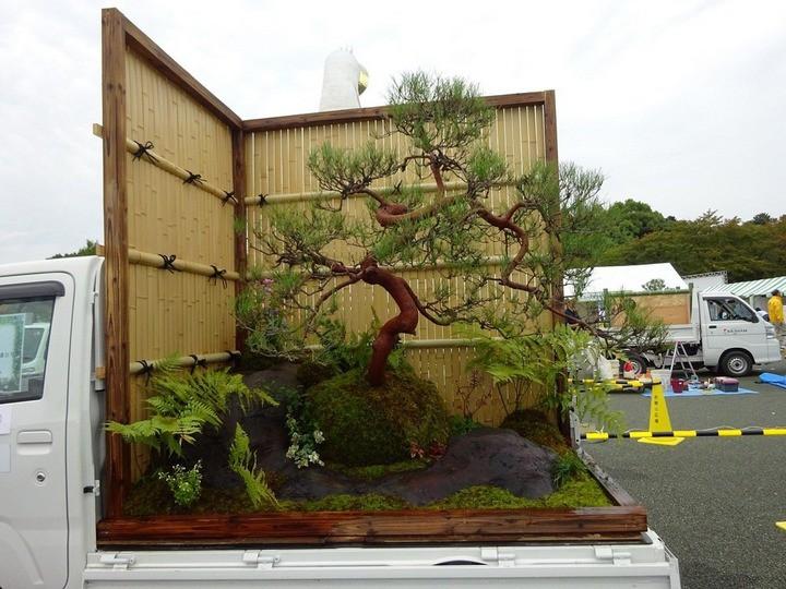Ở Nhật Bản có hẳn một cuộc thi trưng bày cảnh quan nhà vườn ngay trên xe tải vô cùng độc đáo - Ảnh 5.