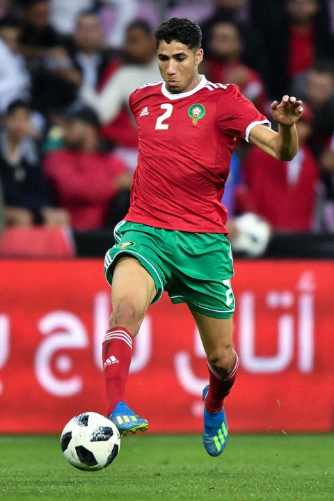 Xếp hạng đồng phục thi đấu của 32 tuyển World Cup 2018: Thụy Sĩ xấu nhất, Nigeria đẹp nhất - Ảnh 7.