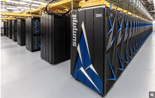 Siêu máy tính IBM Summit giúp Mỹ trở lại cuộc đua, đánh bại đối thủ đến từ Trung Quốc.